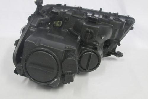 2009  Mercedes ML A164  Right  Headlight Non-Xenon