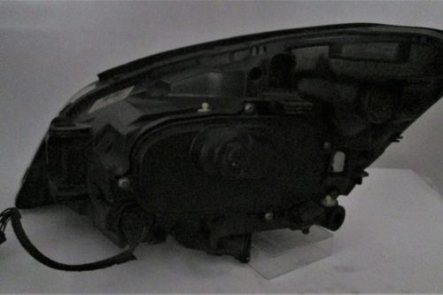 2010 Volvo S60 RHS Xenon headlight